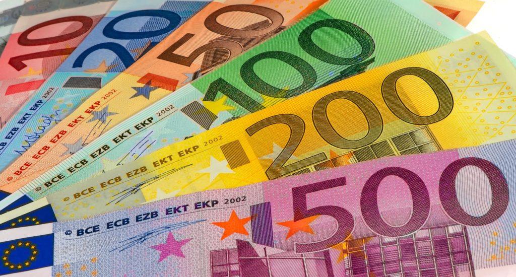 Money Bills Euro Currency  - lillolillolillo / Pixabay